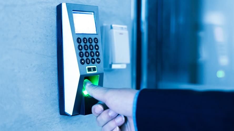 Türöffner mit Fingerprint